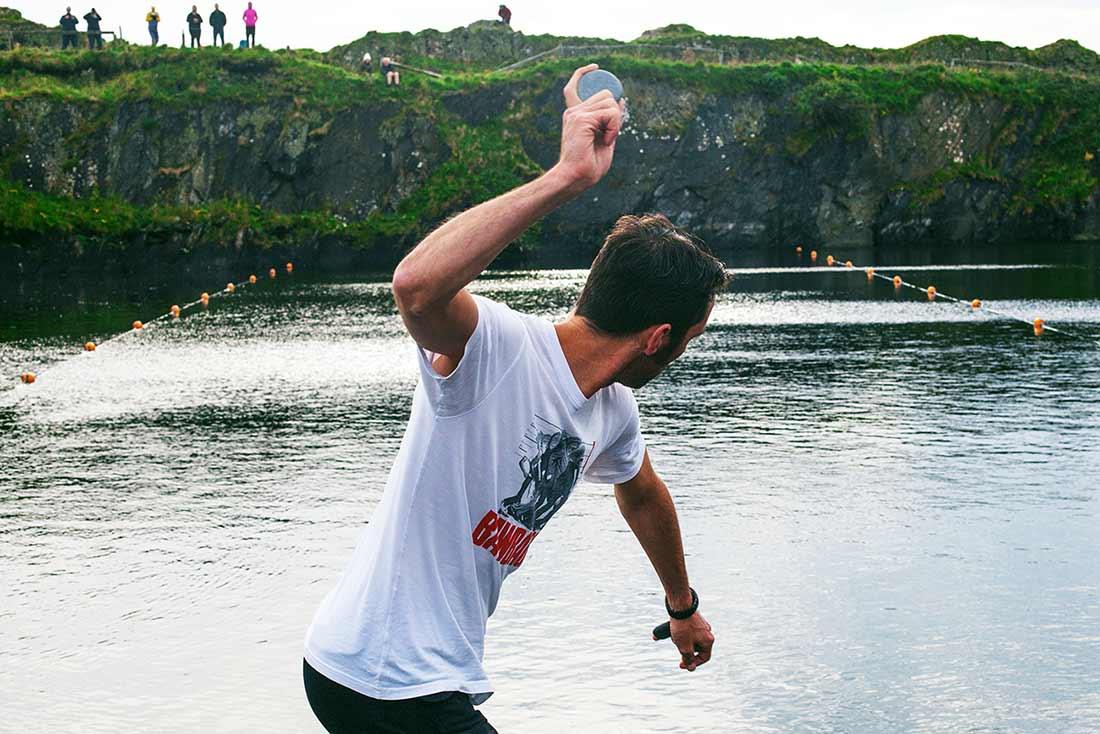 Dougie World stone skimming