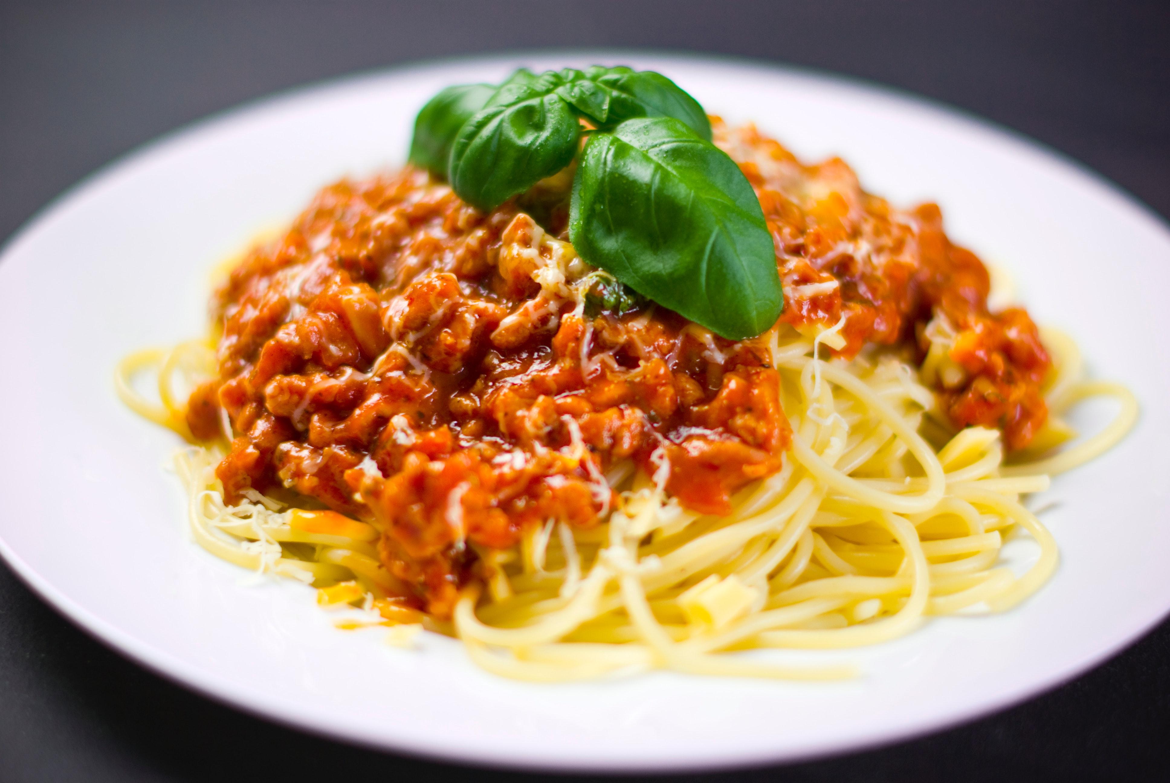 Family Meal Plan spaghetti basil bolognese